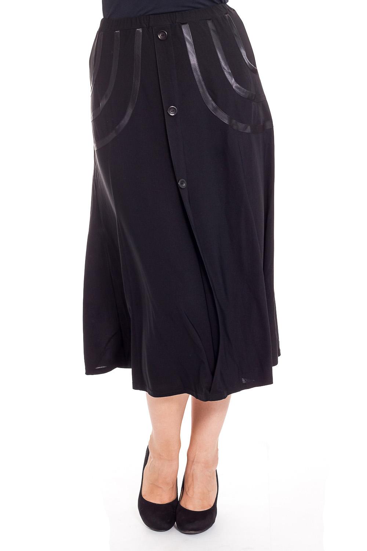 ЮбкаЮбки<br>Летняя юбка длиной миди. Модель выполнена из тонкого трикотажа. Отличный выбор для повседневного гардероба.  Цвет: черный  Рост девушки-фотомодели 173 см<br><br>По длине: Ниже колена,Миди<br>По материалу: Трикотаж<br>По рисунку: Однотонные<br>По силуэту: Полуприталенные<br>По стилю: Повседневный стиль<br>По форме: Юбка-трапеция<br>По элементам: С декором<br>По сезону: Лето,Весна,Осень<br>Размер : 54,62,68<br>Материал: Холодное масло<br>Количество в наличии: 6