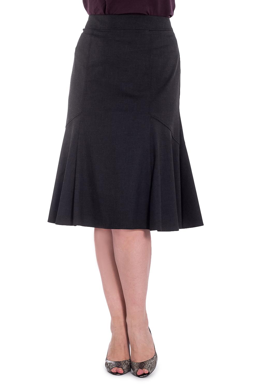 ЮбкаЮбки<br>Однотонная юбка годе длиной ниже колена. Модель выполнена из приятного материала с застежкой на молнию. Отличный выбор для повседневного и делового гардероба. Юбка с подкладом из 100% полиэстера.  Цвет: серый  Рост девушки-фотомодели 180 см.<br><br>По длине: Ниже колена<br>По материалу: Тканевые<br>По рисунку: Однотонные<br>По сезону: Весна,Зима,Лето,Осень,Всесезон<br>По силуэту: Приталенные<br>По стилю: Офисный стиль,Повседневный стиль<br>По форме: Юбка-годе<br>Размер : 46,50,52,54<br>Материал: Костюмная ткань<br>Количество в наличии: 5