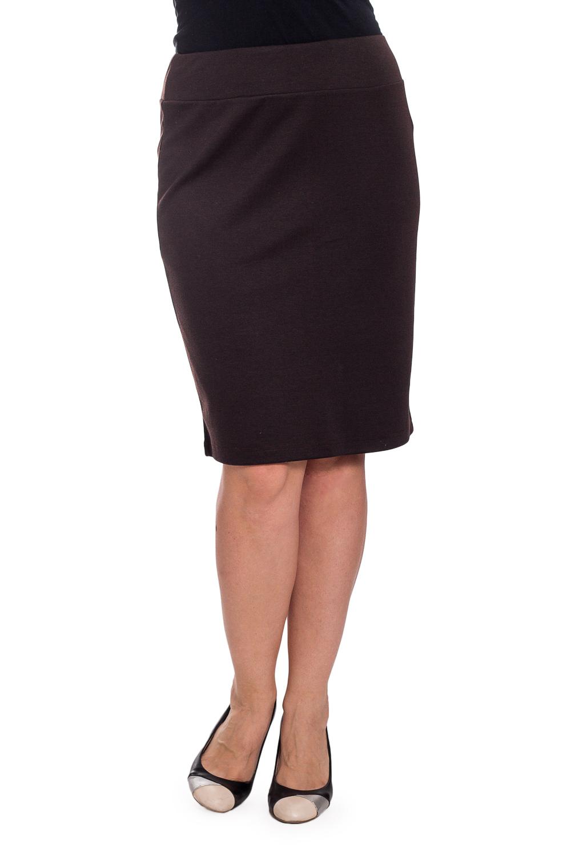 ЮбкаЮбки<br>Однотонная юбка длиной до колена. Модель выполнена из плотного трикотажа на подкладе. Отличный выбор для повседневного и делового гардероба.  Цвет: коричневый  Рост девушки-фотомодели 180 см.<br><br>По длине: До колена<br>По материалу: Вискоза,Трикотаж<br>По рисунку: Однотонные<br>По силуэту: Полуприталенные<br>По стилю: Офисный стиль,Повседневный стиль<br>По форме: Юбка-карандаш<br>По элементам: С разрезом<br>Разрез: Короткий,Шлица<br>По сезону: Осень,Весна<br>Размер : 48,50,52<br>Материал: Джерси<br>Количество в наличии: 3
