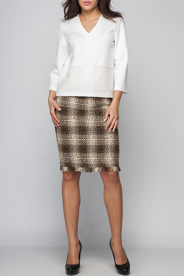 ЮбкаЮбки<br>Прямая юбка, без пояса на кокетке. По заднему полотнищу юбки металлическая молния по всей длине. Длиной до колена.   Параметры изделия:  44 размер: обхват талии - 76 см, обхват бедер - 96 см, длина изделия - 53 см (с бахромой);  52 размер: обхват талии - 90 см, обхват бедер - 112 см, длина изделия - 58 см (с бахромой).  Цвет: коричневый, бежевый  Рост девушки-фотомодели 170 см<br><br>По длине: До колена<br>По материалу: Трикотаж<br>По образу: Город,Офис,Свидание<br>По рисунку: Геометрия,С принтом,Цветные,В клетку<br>По силуэту: Полуприталенные<br>По стилю: Повседневный стиль<br>По элементам: С декором<br>По сезону: Осень,Весна<br>Застежка: С молнией<br>Размер : 40,42,44,46<br>Материал: Трикотаж<br>Количество в наличии: 6