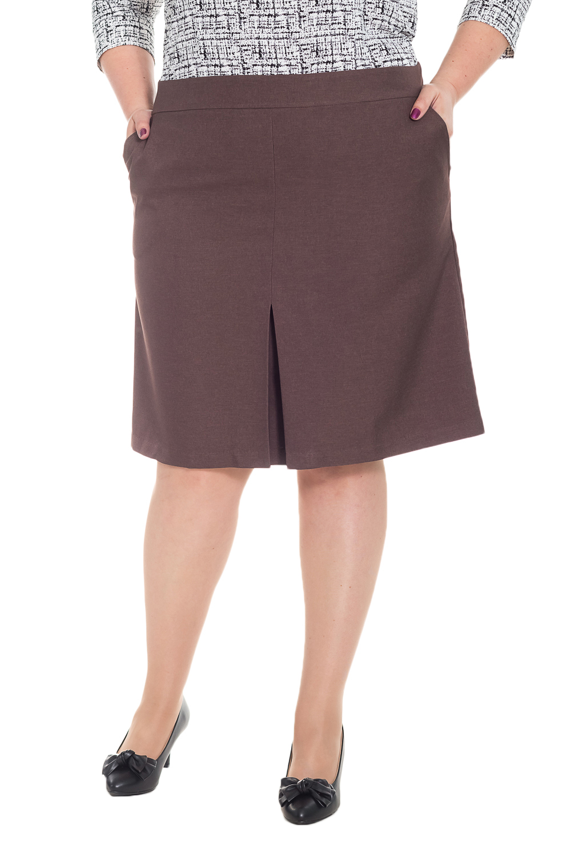 ЮбкаЮбки<br>Классическая женская юбка из приятного к телу костюмного материала станет основой Вашего повседневного гардероба.  Юбка силуэта трапеция со встречной складкой по центру. На спинке средний шов и молния. Карманы с отрезным бочком. Верхний срез обработан двойной обтачкой.  Цвет: коричневый.  Рост девушки-фотомодели 176 см  Длина изделия: 54 размер - 63 ± 2 см 56 размер - 63 ± 2 см 58 размер - 63 ± 2 см 60 размер - 63 ± 2 см 62 размер - 65 ± 2 см 64 размер - 65 ± 2 см 66 размер - 65 ± 2 см<br><br>По длине: Ниже колена<br>По материалу: Костюмные ткани,Тканевые<br>По образу: Город,Офис,Свидание<br>По рисунку: Однотонные<br>По сезону: Весна,Зима,Лето,Осень,Всесезон<br>По силуэту: Полуприталенные<br>По стилю: Классический стиль,Кэжуал,Офисный стиль,Повседневный стиль<br>По элементам: С декором,С карманами,Со складками<br>Застежка: С молнией<br>Размер : 56,58,60,62,64,66<br>Материал: Костюмная ткань<br>Количество в наличии: 43