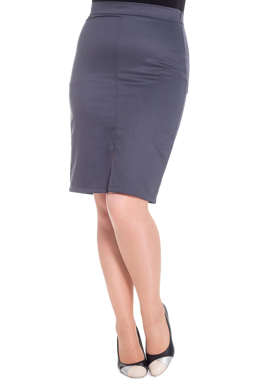 ЮбкаЮбки<br>Классическая юбка, зауженная к низу. На переде средний шов с разрезом. На спинке вытачки. На поясе, с молнией в боковом шве.  Цвет: серый.  Рост девушки-фотомодели 180 см  Длина изделия - 65 ± 2 см<br><br>По длине: Ниже колена<br>По материалу: Костюмные ткани,Тканевые<br>По рисунку: Однотонные<br>По сезону: Весна,Зима,Лето,Осень,Всесезон<br>По силуэту: Полуприталенные,Прямые<br>По стилю: Классический стиль,Кэжуал,Офисный стиль,Повседневный стиль<br>По форме: Юбка-карандаш<br>По элементам: С разрезом<br>Разрез: Короткий<br>Застежка: С молнией<br>Размер : 50,56<br>Материал: Костюмно-плательная ткань<br>Количество в наличии: 4
