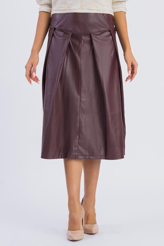 ЮбкаЮбки<br>Кожаные юбки, обладающие мягкой и «живой» фактурой, являются самыми актуальными и практичными в этом модном сезоне. Заслуженное признание выражается в демократичности — универсальный фасон кожаной юбки впишется в гардероб любого стиля и формата, и подойдет женщине любого возраста и телосложения.  Юбка на поясе с молнией в боковом шве. На передней части изделия кокетка, средний шов и складки, заложенные к центру. На спинке кокетка и складки, заложенные к центру.  Цвет: бордовый.  Рост девушки-фотомодели 171 см  Длина изделия - 78 ± 2 см<br><br>По длине: Ниже колена<br>По рисунку: Однотонные<br>По сезону: Весна,Зима,Лето,Осень,Всесезон<br>По силуэту: Полуприталенные<br>По стилю: Готический стиль,Кэжуал,Офисный стиль,Повседневный стиль,Ультрамодный стиль<br>По форме: Юбка-солнце<br>По элементам: С декором,Со складками<br>Застежка: С молнией<br>По материалу: Искусственная кожа<br>Размер : 42,44,46,48,50<br>Материал: Искусственная кожа<br>Количество в наличии: 22