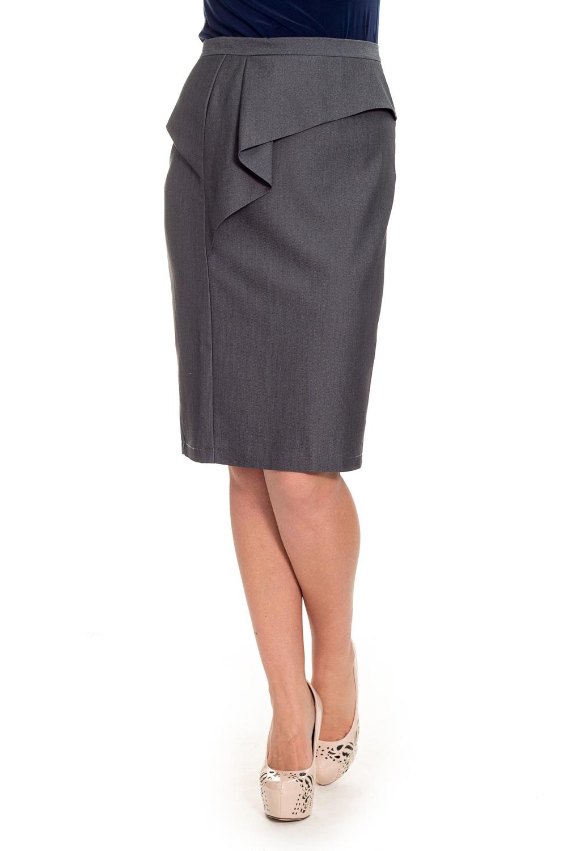 ЮбкаЮбки<br>Классическая женская юбка - это универсальный предмет одежды, в котором можно пойти как на работу, так и на свидание.  Юбка карандаш на поясе. На передней части изделия рельеф и асимметричная баска. На спинке талиевые выточки и средний шов с разрезом. Молния с среднем шве.  Цвет: серый в мелкий ромбик  Рост девушки-фотомодели 170 см  Длина изделия - 64 ± 2 см<br><br>По длине: До колена<br>По материалу: Тканевые<br>По рисунку: Однотонные<br>По стилю: Классический стиль,Офисный стиль,Повседневный стиль<br>По форме: Юбка-карандаш<br>По элементам: С воланами и рюшами,С завышенной талией,С разрезом<br>Разрез: Короткий<br>По сезону: Осень,Весна<br>По силуэту: Полуприталенные,Прямые<br>Размер : 48,50,52,54,56,58<br>Материал: Костюмная ткань<br>Количество в наличии: 37