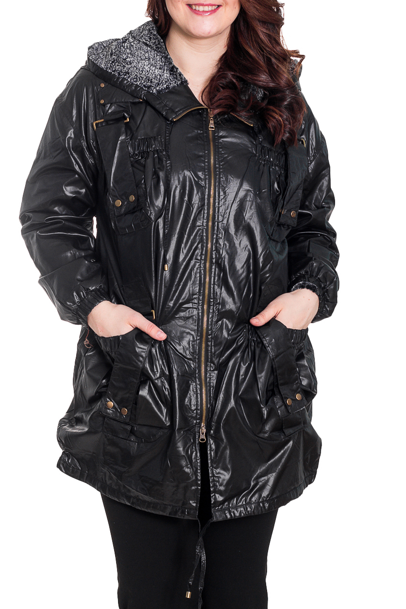 КурткаКуртки<br>Интересная куртка с капюшоном, застежкой на молнию. Модель выполнена из болоньи. Отличный выбор для повседневного гардероба. Подкслад из искусственного меха.  Цвет: черный  Рост девушки-фотомодели 180 см.<br><br>Застежка: С молнией<br>По длине: Удлиненные<br>По материалу: Тканевые<br>По образу: Город<br>По рисунку: Однотонные<br>По сезону: Весна,Осень<br>По силуэту: Полуприталенные<br>По стилю: Повседневный стиль<br>По элементам: С декором,С капюшоном,С карманами,С манжетами<br>Рукав: Длинный рукав<br>Размер : 48,50,52,54,56,58<br>Материал: Болонья<br>Количество в наличии: 8