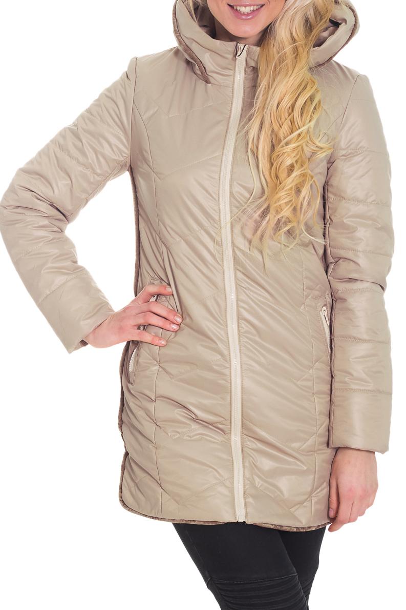 КурткаКуртки<br>Однотонная курточка со стоячим воротником, капюшоном (не отстегивается) и контрастной отделкой из велюра. Модель выполнена из плотной болоньи. Отличный выбор для повседневного гардероба. Ростовка изделия 170 см.  Цвет: бежевый  Температурный режим: до -10 градусов.  Рост девушки-фотомодели 170 см.<br><br>Воротник: Стойка<br>Застежка: С молнией<br>По материалу: Плащевая ткань<br>По рисунку: Однотонные<br>По силуэту: Свободные<br>По стилю: Повседневный стиль<br>По элементам: С карманами,С капюшоном<br>Рукав: Длинный рукав<br>По сезону: Осень,Весна<br>По длине: Средней длины<br>Размер : 42,46<br>Материал: Болонья<br>Количество в наличии: 2