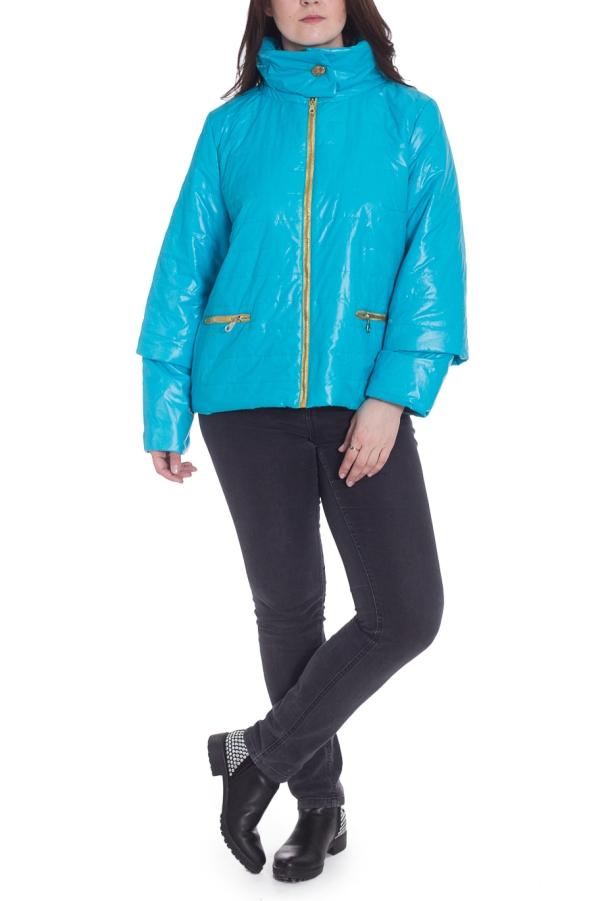 КурткаКуртки<br>Молодежная куртка с отстегивающимися рукавами. Модель выполнена из плотной болоньи. Отличный выбор для повседневного гардероба.  В изделии использованы цвета: голубой  Рост девушки-фотомодели 180 см.<br><br>Воротник: Стойка<br>Застежка: С молнией<br>По длине: Короткие<br>По материалу: Плащевая ткань<br>По рисунку: Однотонные<br>По силуэту: Полуприталенные<br>По стилю: Кэжуал,Молодежный стиль,Повседневный стиль<br>По элементам: С карманами,С отделочной фурнитурой<br>Рукав: Длинный рукав,Рукав три четверти<br>По сезону: Осень,Весна<br>Размер : 58<br>Материал: Болонья<br>Количество в наличии: 1