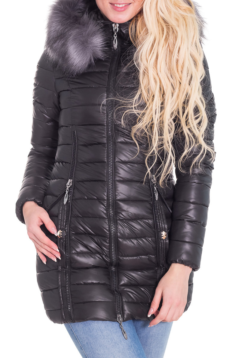 КурткаКуртки<br>Теплая зимняя курточка со стоячим воротником, застежкой молнией и капюшоном. Модель выполнена из плотной болоньи. Отличный выбор для повседневного гардероба.  Цвет: черный  Температурный режим от -20 до -25 градусов.  Рост девушки-фотомодели 170 см.<br><br>Воротник: Стойка<br>Застежка: С молнией<br>По длине: Средней длины<br>По материалу: Мех,Плащевая ткань<br>По рисунку: Однотонные<br>По сезону: Зима<br>По силуэту: Полуприталенные<br>По стилю: Повседневный стиль<br>По элементам: С карманами<br>Рукав: Длинный рукав<br>Размер : 42,44,46<br>Материал: Болонья<br>Количество в наличии: 3