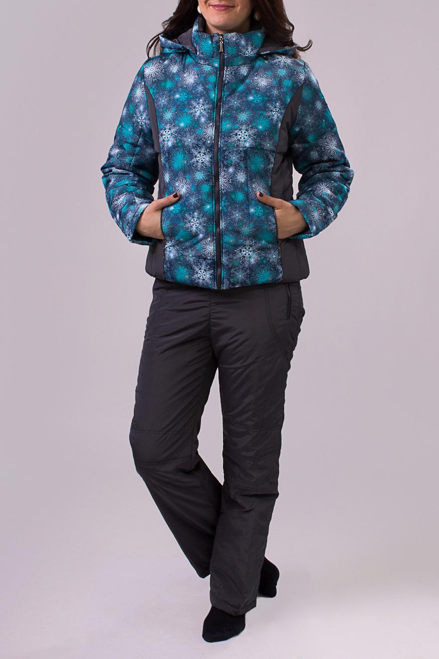 КостюмВерхняя одежда<br>Утепленный женский костюм для активного отдыха.  Рост девушки-фотомодели 180 см.<br><br>По материалу: Плащевая ткань,Синтепон,Тканевые<br>По образу: Город,Спорт<br>По рисунку: Цветные,С принтом<br>По сезону: Зима<br>По стилю: Повседневный стиль,Спортивный стиль<br>По элементам: С карманами,С капюшоном<br>Застежка: С молнией<br>Рукав: Длинный рукав<br>Воротник: Стойка<br>По длине: Макси<br>По силуэту: Полуприталенные<br>Размер : 46,48,50<br>Материал: Болонья<br>Количество в наличии: 4