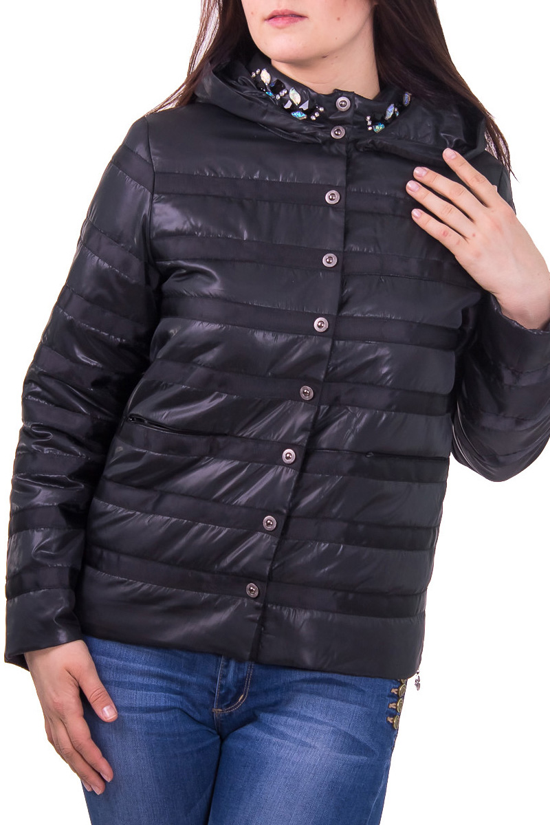 КурткаКуртки<br>Женская куртка с воротником стойка и капюшоном. Модель застегивается на кнопки и имеет 2 кармана. Куртка отлично защитит Вас от непогоды.  Цвет: черный  Рост девушки-фотомодели 180 см<br><br>Воротник: Стойка<br>По материалу: Плащевая ткань<br>По рисунку: Однотонные<br>По сезону: Весна,Осень<br>По элементам: С капюшоном,С декором<br>Рукав: Длинный рукав<br>По силуэту: Полуприталенные<br>По стилю: Повседневный стиль<br>Застежка: С кнопками<br>По длине: Короткие<br>Размер : 50<br>Материал: Плащевая ткань<br>Количество в наличии: 2