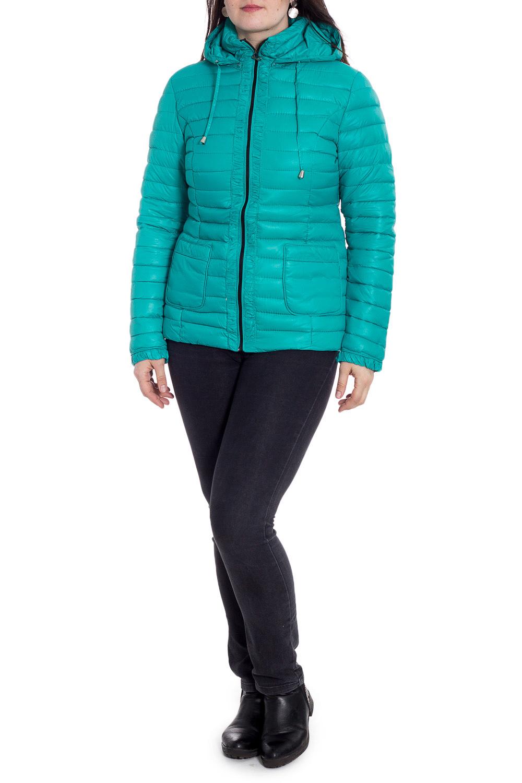 КурткаКуртки<br>Молодежная куртка с капюшоном и застежкой на молнию. Модель выполнена из плотной болоньи. Отличный выбор для повседневного гардероба.  В изделии использованы цвета: бирюзовый  Рост девушки-фотомодели 180 см<br><br>Воротник: Стойка<br>Застежка: С молнией<br>По материалу: Плащевая ткань<br>По рисунку: Однотонные<br>По силуэту: Полуприталенные<br>По стилю: Кэжуал,Молодежный стиль,Повседневный стиль,Спортивный стиль<br>По элементам: С капюшоном,С карманами<br>Рукав: Длинный рукав<br>По сезону: Осень,Весна<br>По длине: Короткие<br>Размер : 48,50,52<br>Материал: Болонья<br>Количество в наличии: 3