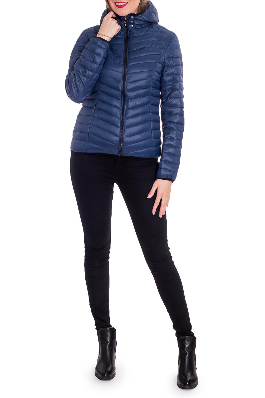 КурткаКуртки<br>Молодежная куртка с капюшоном и застежкой на молнию. Модель выполнена из плотной болоньи. Отличный выбор для повседневного гардероба.  В изделии использованы цвета: синий  Рост девушки-фотомодели 170 см<br><br>Воротник: Стойка<br>Застежка: С молнией<br>По длине: Короткие<br>По материалу: Плащевая ткань<br>По рисунку: Однотонные<br>По силуэту: Полуприталенные<br>По стилю: Кэжуал,Молодежный стиль,Повседневный стиль,Спортивный стиль<br>По элементам: С капюшоном,С карманами<br>Рукав: Длинный рукав<br>По сезону: Осень,Весна<br>Размер : 42,44,46,48,50<br>Материал: Болонья<br>Количество в наличии: 5