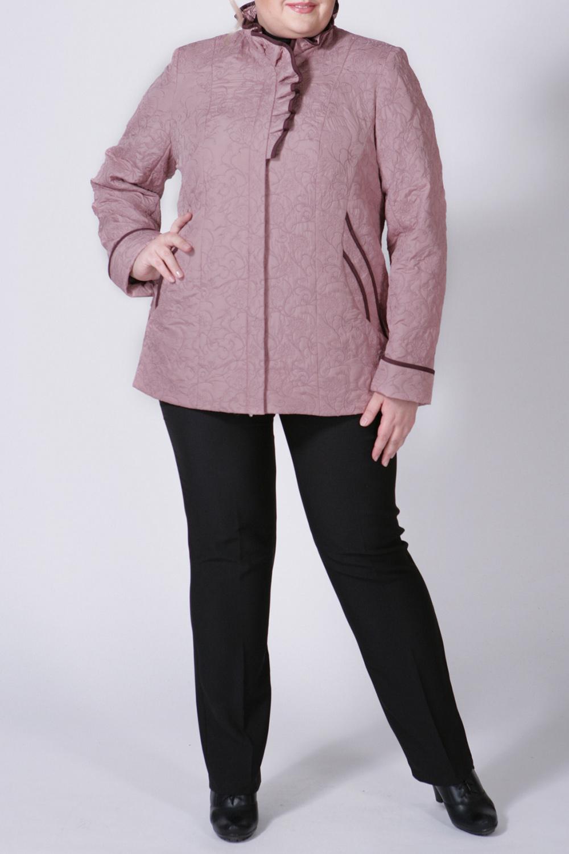 КурткаКуртки<br>Очаровательная куртка с интересным воротником и длинными рукавами. Модель выполнена из фактурной болоньи. Отличный выбор для любого случая.  Цвет: розовый  Рост девушки-фотомодели 172 см<br><br>Воротник: Стойка,Фантазийный<br>По длине: Средней длины<br>По материалу: Плащевая ткань<br>По образу: Город<br>По рисунку: Однотонные,Фактурный рисунок<br>По силуэту: Полуприталенные<br>По стилю: Повседневный стиль<br>По элементам: С воланами и рюшами,С карманами<br>Рукав: Длинный рукав<br>По сезону: Осень,Весна<br>Размер : 54<br>Материал: Болонья<br>Количество в наличии: 1