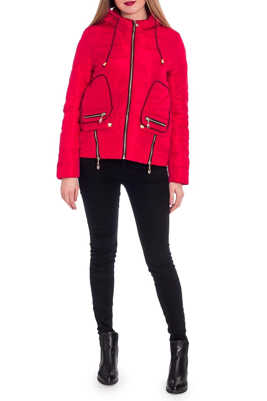 КурткаКуртки<br>Однотонная короткая куртка прямого силуэта с капюшоном. Модель выполнена из плотной болоньи. Отличный выбор для повседневного гардероба.  В изделии использованы цвета: красный  Рост девушки-фотомодели 170 см.<br><br>Воротник: Стойка<br>Застежка: С молнией<br>По длине: Короткие<br>По материалу: Плащевая ткань<br>По рисунку: Однотонные<br>По силуэту: Прямые<br>По стилю: Кэжуал,Молодежный стиль,Повседневный стиль<br>По элементам: С капюшоном,С карманами,С отделочной фурнитурой<br>Рукав: Длинный рукав<br>По сезону: Осень,Весна<br>Размер : 42,44,46,48,50<br>Материал: Болонья<br>Количество в наличии: 10