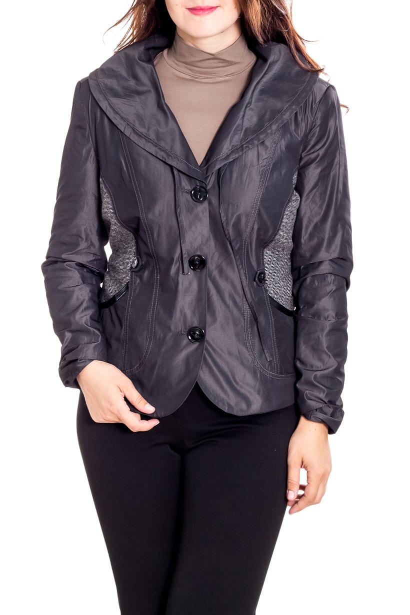 Куртка-пиджакКуртки<br>Однотонная куртка с застежкой на пуговицы. Модель выполнена из приятного материала. Отличный выбор для повседневного гардероба.  Цвет: серый  Рост девушки-фотомодели 180 см.<br><br>Воротник: Отложной<br>По материалу: Тканевые<br>По рисунку: Однотонные<br>По силуэту: Полуприталенные<br>По стилю: Повседневный стиль<br>По элементам: С декором,С карманами<br>Рукав: Длинный рукав<br>По сезону: Осень,Весна<br>Горловина: V- горловина<br>Застежка: С пуговицами<br>По длине: Короткие<br>Размер : 50,52<br>Материал: Костюмная ткань<br>Количество в наличии: 2