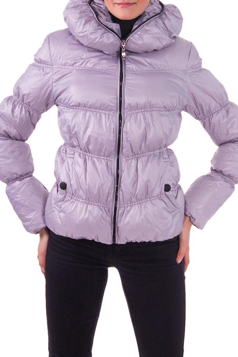 КурткаКуртки<br>Женская демисезонная куртка.  Рост девушки-фотомодели - 176 см<br><br>По материалу: Плащевая ткань,Тканевые<br>По рисунку: Однотонные<br>По сезону: Весна,Осень<br>По элементам: С декором,С карманами,Отделка строчкой<br>Рукав: Длинный рукав<br>По силуэту: Полуприталенные<br>По стилю: Молодежный стиль,Повседневный стиль<br>Застежка: С молнией<br>По длине: Короткие<br>Размер : 46<br>Материал: Болонья<br>Количество в наличии: 2