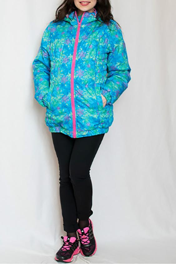 КурткаКуртки<br>Красивая и тёплая  куртка на утеплителе и с капюшоном согреет весной и осенью. Широкая резинка по бокам до самого низа, позволяет не стеснять движения. Модель с втачным рукавом, капюшоном, застёжкой на молнии и двумя боковыми карманами.  Новый высококачественный утеплитель Termofinn, изготовленный по европейским технологиям, на новейшем импортном оборудовании. Сохраняет форму после стирки, экологически безопасен и быстро высыхает. Долгое время сохраняет теплозащитные свойства, очень эффективен при низких температурах.  За счет свободного кроя и эластичного материала изделие можно носить во время беременности  Цвет: голубой, бирюзовый, розовый  Замеры для 42 размера. Длина изделия: по спинке 72 см Длина рукава: 67 см Обхват по линии талии: 126 см ( в растянутом состоянии )  Рекомендована  до  - 7-10 градусов  Ростовка изделия 170 см.<br><br>Воротник: Стойка<br>Застежка: С молнией<br>По длине: Средней длины<br>По материалу: Плащевая ткань<br>По рисунку: С принтом,Цветные<br>По силуэту: Полуприталенные<br>По стилю: Повседневный стиль<br>По элементам: С карманами<br>Рукав: Длинный рукав<br>По сезону: Осень,Весна<br>Размер : 50-52<br>Материал: Болонья<br>Количество в наличии: 1