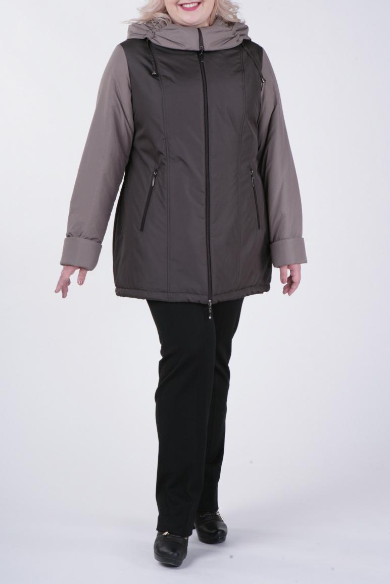 КурткаКуртки<br>Классическая женская куртка с застежкой на молнию и длинными рукавами. Отличный выбор для демисезонного периода.  В изделии использованы цвета: коричневый, бежевый  Рост девушки-фотомодели 172 см<br><br>Воротник: Стойка<br>Застежка: С молнией<br>По длине: Средней длины<br>По образу: Город<br>По рисунку: Цветные<br>По силуэту: Прямые<br>По стилю: Повседневный стиль<br>По элементам: С капюшоном,С карманами<br>Рукав: Длинный рукав<br>По сезону: Осень,Весна<br>Размер : 54,60,62,66,78<br>Материал: Болонья<br>Количество в наличии: 5