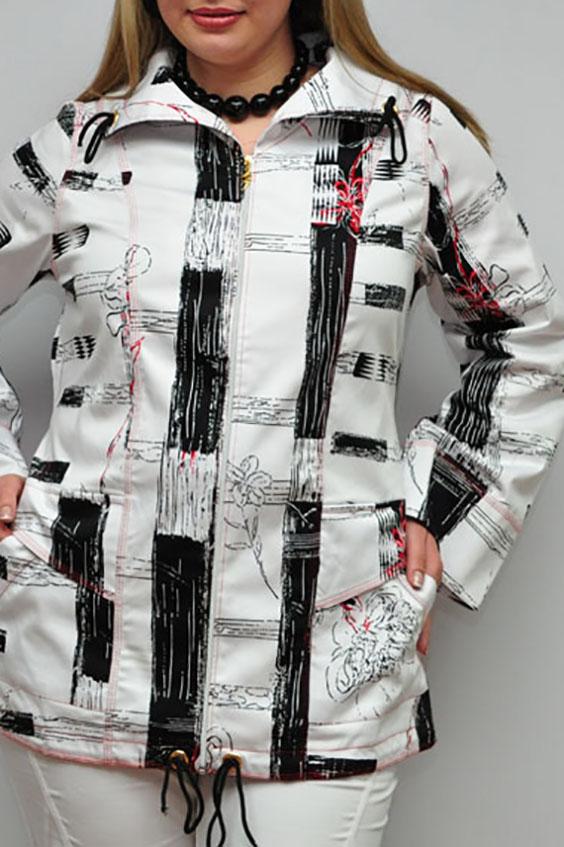ВетровкаКуртки<br>Замечательная ветровка с длинными рукавами. Модель выполнена из хлопкового материала с абстрактным принтом. Отличный выбор для повседневного гардероба. Фурнитура может незначительно отличаться от изображенной на картинке.  Цвет: белый, черный  Рост девушки-фотомодели 173 см.<br><br>Воротник: Отложной<br>Застежка: С молнией<br>По длине: Средней длины<br>По материалу: Хлопок<br>По рисунку: Абстракция,С принтом,Цветные<br>По силуэту: Прямые<br>По стилю: Повседневный стиль<br>По форме: Ветровка<br>По элементам: С карманами<br>Рукав: Длинный рукав<br>По сезону: Осень,Весна<br>Размер : 52<br>Материал: Хлопок<br>Количество в наличии: 2