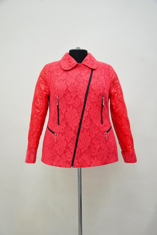 КурткаКуртки<br>Укороченная куртка с застежкой на молнию и длинными рукавами. Модель выполнена из пальтовой ткани и болоньи. Отличный выбор для демисезонного периода.  Цвет: красный  Ростовка изделия 170 см.<br><br>Воротник: Отложной<br>Застежка: С молнией<br>По длине: Короткие<br>По материалу: Плащевая ткань,Тканевые<br>По рисунку: Однотонные<br>По силуэту: Полуприталенные<br>По стилю: Повседневный стиль<br>По элементам: С карманами,С отделочной фурнитурой<br>Рукав: Длинный рукав<br>По сезону: Осень,Весна<br>Размер : 54,56,58,60,64,66,68<br>Материал: Пальтовая ткань + Болонья<br>Количество в наличии: 7