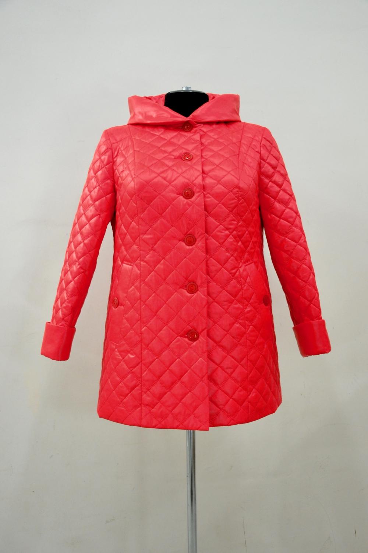 КурткаКуртки<br>Универсальная куртка с застежкой на пуговицы и длинными рукавами. Модель выполнена из стеганного материала. Отличный выбор для демисезонного периода.  Цвет: красный  Ростовка изделия 170 см.<br><br>Застежка: С пуговицами<br>По длине: Средней длины<br>По материалу: Плащевая ткань<br>По рисунку: Однотонные,Фактурный рисунок<br>По силуэту: Прямые<br>По стилю: Повседневный стиль<br>По элементам: С капюшоном,С карманами,С манжетами<br>Рукав: Длинный рукав<br>По сезону: Осень,Весна<br>Размер : 66,68,70,72,74,76,78,80<br>Материал: Плащевая ткань<br>Количество в наличии: 8