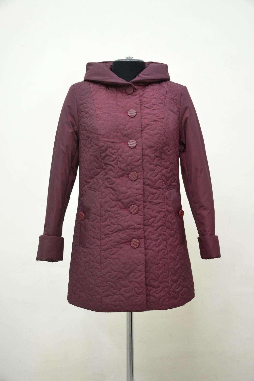 КурткаКуртки<br>Универсальная куртка с застежкой на пуговицы и длинными рукавами. Модель выполнена из стеганного материала. Отличный выбор для демисезонного периода.  Цвет: бордовый  Ростовка изделия 170 см.<br><br>Застежка: С пуговицами<br>По длине: Средней длины<br>По материалу: Плащевая ткань<br>По рисунку: Однотонные,Фактурный рисунок<br>По силуэту: Прямые<br>По стилю: Повседневный стиль<br>По элементам: С капюшоном,С карманами,С манжетами<br>Рукав: Длинный рукав<br>По сезону: Осень,Весна<br>Размер : 52,54,58,60,62,64,66,68,74,76,78,80<br>Материал: Плащевая ткань<br>Количество в наличии: 13