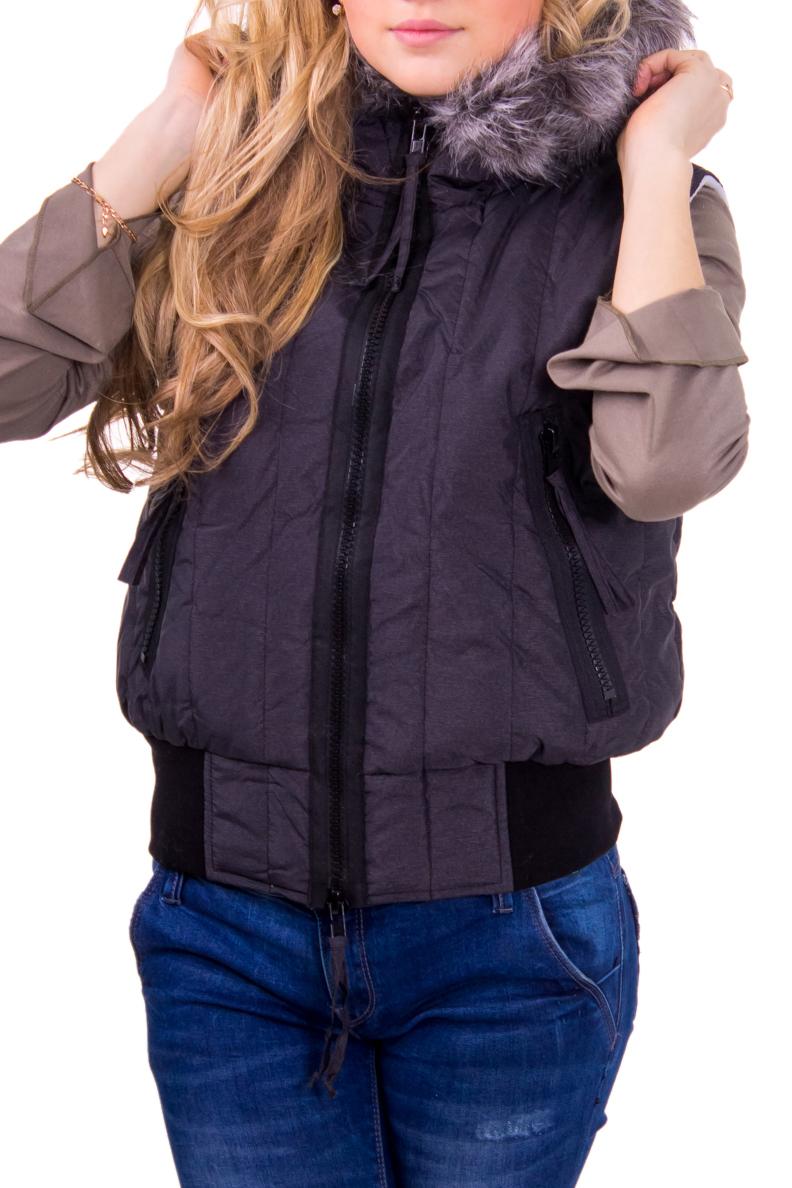 ЖилетЖилеты<br>Женский жилет для активного отдыха.  Рост девушки-фотомодели 164 см.<br><br>Воротник: Стойка<br>По длине: Средней длины<br>По материалу: Плащевая ткань,Ангора,Тканевые<br>По рисунку: Однотонные<br>По силуэту: Полуприталенные<br>По стилю: Повседневный стиль,Спортивный стиль<br>По элементам: С декором,С карманами,С капюшоном<br>Застежка: С молнией<br>Рукав: Без рукавов<br>По сезону: Осень,Весна<br>Размер : 40-42,44-46,48-50<br>Материал: Болонья<br>Количество в наличии: 8