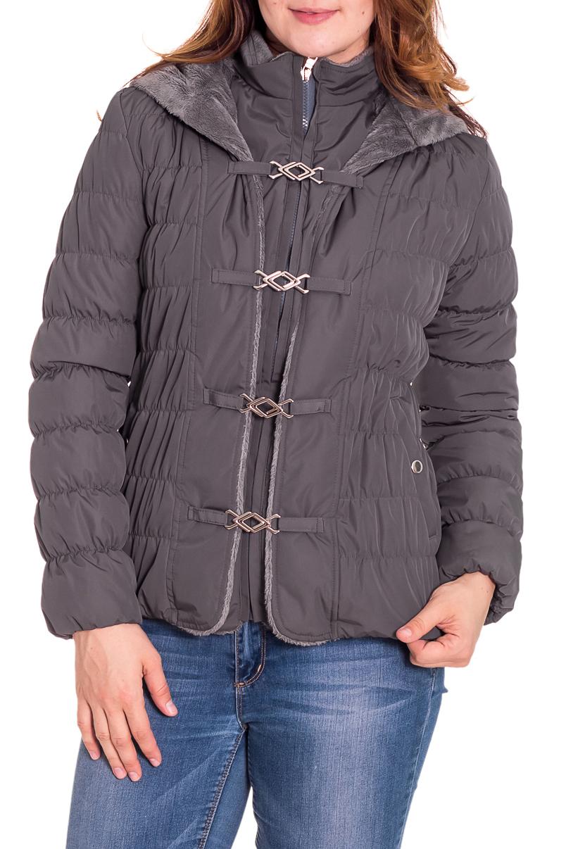 КурткаКуртки<br>Осенняя курточка со стоячим воротником, застежкой молнией и капюшоном. Модель выполнена из плотной болоньи. Отличный выбор для повседневного гардероба.  Цвет: серый  Температурный режим: до -10 градусов.  Рост девушки-фотомодели 180 см.<br><br>Воротник: Стойка<br>Застежка: С молнией<br>По длине: Средней длины<br>По материалу: Плащевая ткань<br>По образу: Город<br>По рисунку: Однотонные<br>По сезону: Весна,Осень<br>По силуэту: Полуприталенные<br>По стилю: Повседневный стиль<br>По элементам: С декором,С капюшоном,С карманами<br>Рукав: Длинный рукав<br>Размер : 48<br>Материал: Болонья<br>Количество в наличии: 1