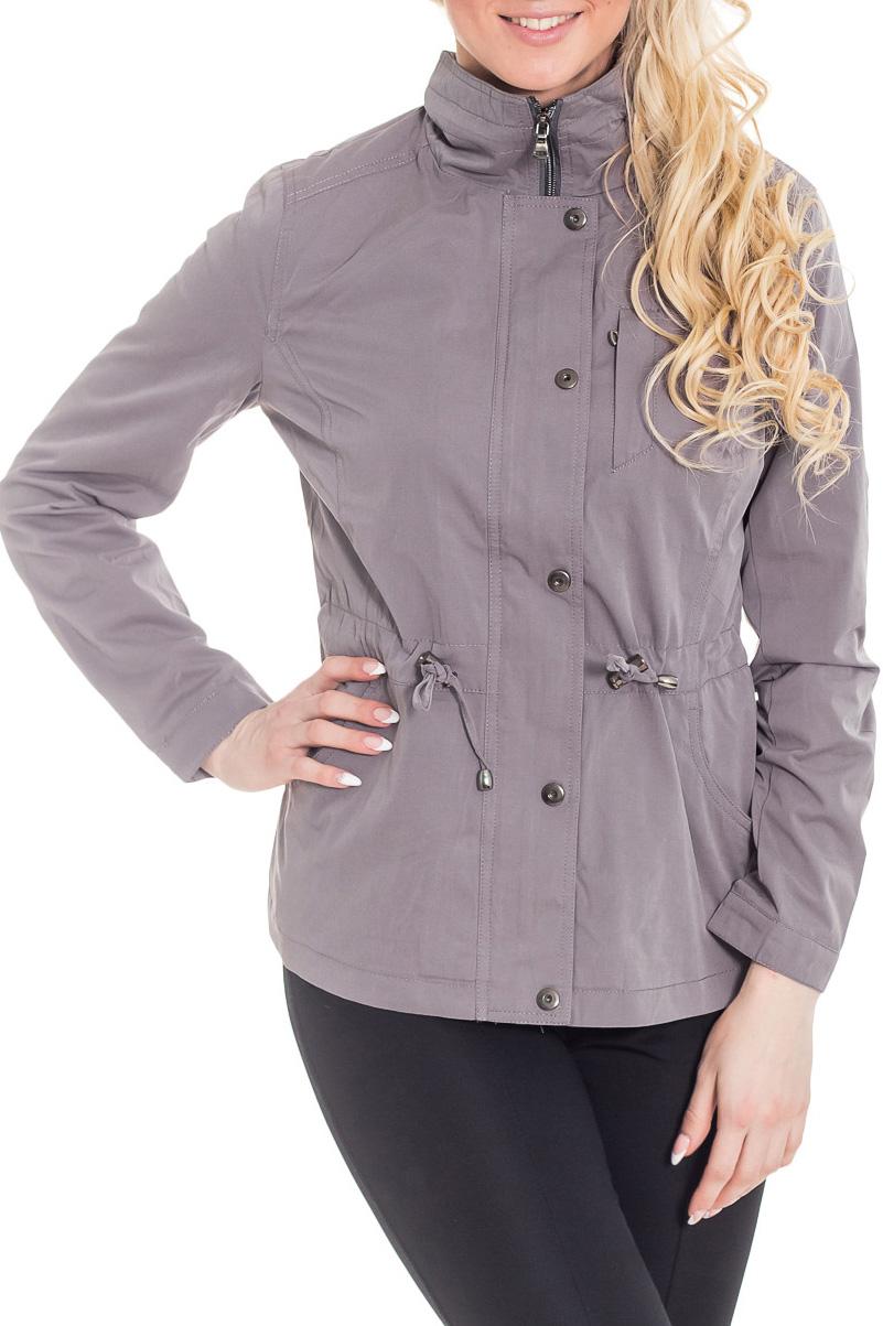 КурткаКуртки<br>Женская куртка с длинными рукавами. Модель застегивается на молнию и кнопки. Отличный выбор для повседневного гардероба.  Цвет: серый  Рост девушки-фотомодели 170 см.<br><br>Воротник: Стойка<br>Застежка: С кнопками,С молнией<br>По материалу: Плащевая ткань<br>По рисунку: Однотонные<br>По силуэту: Полуприталенные<br>По стилю: Повседневный стиль<br>По форме: Ветровка<br>По элементам: С карманами<br>Рукав: Длинный рукав<br>По сезону: Осень,Весна<br>По длине: Короткие<br>Размер : 44,46,48,52<br>Материал: Плащевая ткань<br>Количество в наличии: 4