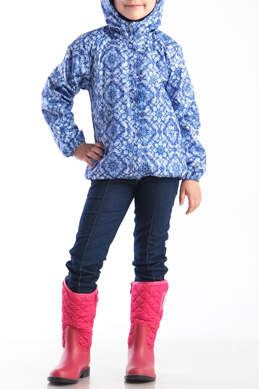 ВетровкаВерхняя одежда<br>Ветровка для девочки с капюшоном. Застёжка-молния скрыта ветрозащитной планкой. Капюшон с декоративными складками. Низ рукавов и низ куртки фиксируются эластичной тесьмой  Верхняя ткань - полиэстер 100%  Подкладка - хлопок 100%  В изделии использованы цвета: синий, белый  Размер 74 соответствует росту 70-73 см Размер 80 соответствует росту 74-80 см Размер 86 соответствует росту 81-86 см Размер 92 соответствует росту 87-92 см Размер 98 соответствует росту 93-98 см Размер 104 соответствует росту 98-104 см Размер 110 соответствует росту 105-110 см Размер 116 соответствует росту 111-116 см Размер 122 соответствует росту 117-122 см Размер 128 соответствует росту 123-128 см Размер 134 соответствует росту 129-134 см Размер 140 соответствует росту 135-140 см<br><br>Воротник: Стойка<br>По возрасту: Ясельные ( от 1 до 3 лет),Дошкольные ( от 3 до 7 лет),Школьные ( от 7 до 13 лет)<br>По длине: Миди<br>По материалу: Плащевая ткань<br>По образу: Повседневные<br>По рисунку: С принтом (печатью),Цветные<br>По сезону: Лето,Осень,Весна<br>По силуэту: Свободные<br>По форме: Ветровка<br>По элементам: С карманами,С молнией,С подкладом,С капюшоном<br>Рукав: Длинный рукав<br>Размер : 104,110,116,122,128<br>Материал: Плащевая ткань<br>Количество в наличии: 5