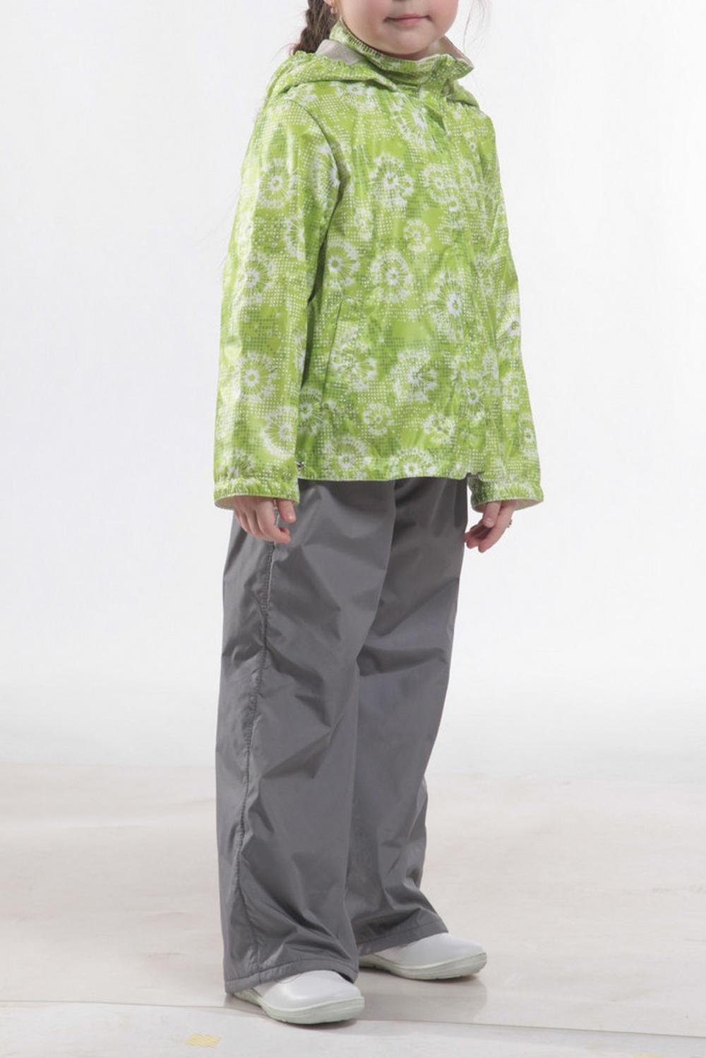 ВетровкаВерхняя одежда<br>Ветровка для девочки с капюшоном и воротником-стойка. Застёжка-молния скрыта ветрозащитной планкой.  Низ куртки  оформлен кулисой с утяжками. На флисовом подкладе  Верхняя ткань - полиэстер 100%  Подкладка - флис   В изделии использованы цвета: зеленый, белый  Размер 74 соответствует росту 70-73 см Размер 80 соответствует росту 74-80 см Размер 86 соответствует росту 81-86 см Размер 92 соответствует росту 87-92 см Размер 98 соответствует росту 93-98 см Размер 104 соответствует росту 98-104 см Размер 110 соответствует росту 105-110 см Размер 116 соответствует росту 111-116 см Размер 122 соответствует росту 117-122 см Размер 128 соответствует росту 123-128 см Размер 134 соответствует росту 129-134 см Размер 140 соответствует росту 135-140 см<br><br>Воротник: Стойка<br>По возрасту: Ясельные ( от 1 до 3 лет),Дошкольные ( от 3 до 7 лет),Школьные ( от 7 до 13 лет)<br>По длине: Миди<br>По материалу: Плащевая ткань<br>По образу: Повседневные<br>По рисунку: С принтом (печатью),Цветные<br>По сезону: Лето,Осень,Весна<br>По силуэту: Свободные<br>По форме: Ветровка<br>По элементам: С капюшоном,С карманами,С молнией,С подкладом<br>Рукав: Длинный рукав<br>Размер : 104,110,122,128<br>Материал: Болонья<br>Количество в наличии: 4