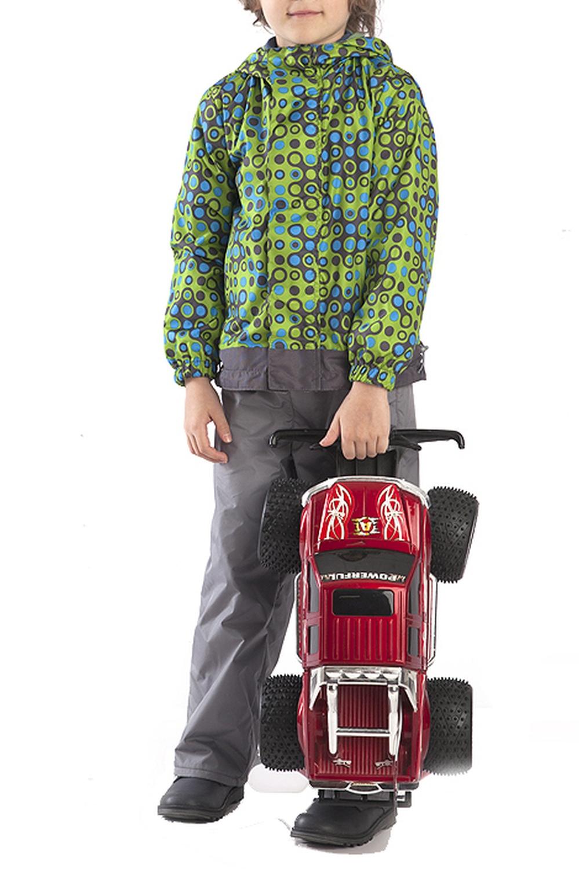 ВетровкаВерхняя одежда<br>Удлинённая ветровка для мальчика с капюшоном. Низ изделия регулируется по объёму. Рукава фиксируются эластичной тесьмой. На флисовом подкладе.  Верхняя ткань - полиэстер 100%  Подкладка - флис  В изделии использованы цвета: зеленый, черный и др.  Размер 74 соответствует росту 70-73 см Размер 80 соответствует росту 74-80 см Размер 86 соответствует росту 81-86 см Размер 92 соответствует росту 87-92 см Размер 98 соответствует росту 93-98 см Размер 104 соответствует росту 98-104 см Размер 110 соответствует росту 105-110 см Размер 116 соответствует росту 111-116 см Размер 122 соответствует росту 117-122 см Размер 128 соответствует росту 123-128 см Размер 134 соответствует росту 129-134 см Размер 140 соответствует росту 135-140 см<br><br>Воротник: Стойка<br>По возрасту: Дошкольные ( от 3 до 7 лет)<br>По длине: Миди<br>По материалу: Плащевая ткань<br>По образу: Повседневные<br>По рисунку: С принтом (печатью),Цветные<br>По силуэту: Полуприталенные<br>По форме: Ветровка<br>По элементам: С капюшоном,С карманами,С манжетами,С подкладом<br>Рукав: Длинный рукав<br>По сезону: Осень,Весна<br>Размер : 116<br>Материал: Болонья<br>Количество в наличии: 1