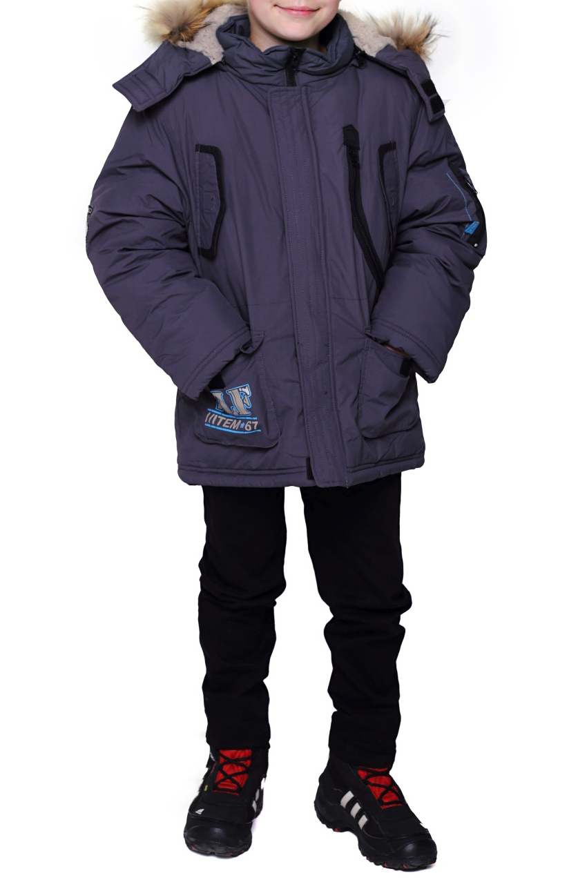 КурткаВерхняя одежда<br>Теплая куртка для мальчика. Опушка из натурального меха.  Искусственный мех внутри изделия. Декоративный карман с сеткой. Ткань верха: курточная, 100% полиэстер Подкладка: искусственный мех, 100% полиэстер Утеплитель: холлофан 300  Цвет: синий  Размер 104 соответствует росту 98-104 см Размер 110 соответствует росту 105-110 см Размер 116 соответствует росту 111-116 см Размер 122 соответствует росту 117-122 см Размер 128 соответствует росту 123-128 см Размер 134 соответствует росту 129-134 см Размер 140 соответствует росту 135-140 см Размер 146 соответствует росту 141-146 см Размер 152 соответствует росту 147-152 см Размер 158 соответствует росту 153-158 см Размер 164 соответствует росту 159-164 см Размер 170 соответствует росту 165-170 см<br><br>По возрасту: Дошкольные ( от 3 до 7 лет),Школьные ( от 7 до 13 лет),Подростковые ( от 13 до 16 лет)<br>По длине: Миди<br>По образу: Повседневные<br>По рисунку: Однотонные<br>По сезону: Зима<br>По силуэту: Полуприталенные<br>По элементам: С карманами,С молнией<br>Рукав: Длинный рукав<br>Воротник: Стойка<br>Размер : 122,128,134,140<br>Материал: Болонья<br>Количество в наличии: 7