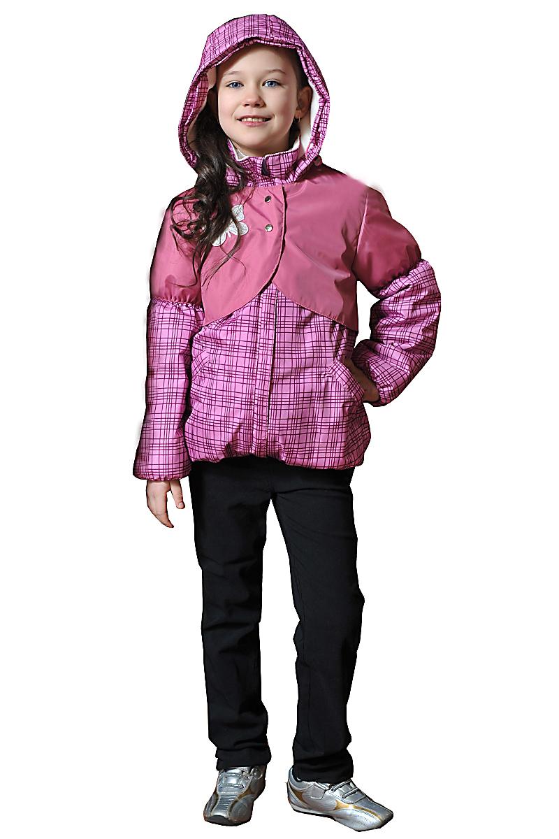 КурткаВерхняя одежда<br>Куртка утеплённая для девочки из водоотталкивающего материала, с капюшоном и воротником-стойка. Застёжка молния скрыта ветрозащитной планкой. Накладная кокетка на кнопках. Низ изделия и рукава на сборке.  Верхняя ткань - полиэстер 100%  Подкладка - 100% п/э Наполнитель - синтепон  В изделии использованы цвета: розовый, бордовый и др.  Размер 74 соответствует росту 70-73 см Размер 80 соответствует росту 74-80 см Размер 86 соответствует росту 81-86 см Размер 92 соответствует росту 87-92 см Размер 98 соответствует росту 93-98 см Размер 104 соответствует росту 98-104 см Размер 110 соответствует росту 105-110 см Размер 116 соответствует росту 111-116 см Размер 122 соответствует росту 117-122 см Размер 128 соответствует росту 123-128 см Размер 134 соответствует росту 129-134 см Размер 140 соответствует росту 135-140 см<br><br>Воротник: Стойка<br>По возрасту: Ясельные ( от 1 до 3 лет),Дошкольные ( от 3 до 7 лет),Школьные ( от 7 до 13 лет)<br>По длине: Миди<br>По материалу: Плащевая ткань<br>По образу: Повседневные<br>По рисунку: В полоску,С принтом (печатью),Цветные<br>По силуэту: Полуприталенные<br>По элементам: С декором,С капюшоном,С карманами,С молнией,С подкладом<br>Рукав: Длинный рукав<br>По сезону: Осень,Весна<br>Размер : 116,128<br>Материал: Болонья<br>Количество в наличии: 2