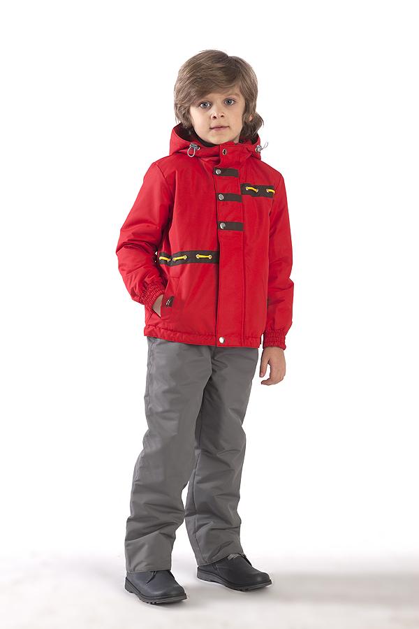 КурткаВерхняя одежда<br>Куртка утеплённая для мальчика с капюшоном из водоотталкивающего материала. Застёжка молния скрыта ветрозащитной планкой. Низ изделия на кулисе с утяжками. Рукава фиксируются эластичной тесьмой.  Верхняя ткань - полиэстер 100%  Подкладка - 100% п/э Наполнитель - синтепон  В изделии использованы цвета: красный  Размер 74 соответствует росту 70-73 см Размер 80 соответствует росту 74-80 см Размер 86 соответствует росту 81-86 см Размер 92 соответствует росту 87-92 см Размер 98 соответствует росту 93-98 см Размер 104 соответствует росту 98-104 см Размер 110 соответствует росту 105-110 см Размер 116 соответствует росту 111-116 см Размер 122 соответствует росту 117-122 см Размер 128 соответствует росту 123-128 см Размер 134 соответствует росту 129-134 см Размер 140 соответствует росту 135-140 см<br><br>Воротник: Стойка<br>По возрасту: Дошкольные ( от 3 до 7 лет)<br>По длине: Миди<br>По материалу: Плащевая ткань<br>По образу: Повседневные<br>По рисунку: Однотонные<br>По силуэту: Полуприталенные<br>По элементам: С декором,С капюшоном,С карманами,С подкладом<br>Рукав: Длинный рукав<br>По сезону: Осень,Весна<br>Размер : 116<br>Материал: Плащевая ткань<br>Количество в наличии: 1