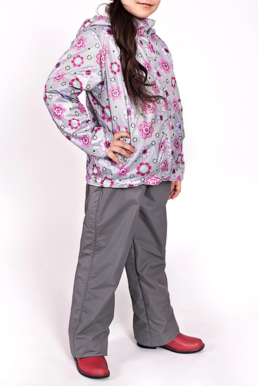 ВетровкаВерхняя одежда<br>Ветровка для девочки с капюшоном и воротником-стойка. Застёжка-молния скрыта ветрозащитной планкой.  Низ куртки  оформлен кулисой с утяжками. На флисовом подкладе  Верхняя ткань - полиэстер 100%  Подкладка - флис   В изделии использованы цвета: серый, розовый и др.  Размер 74 соответствует росту 70-73 см Размер 80 соответствует росту 74-80 см Размер 86 соответствует росту 81-86 см Размер 92 соответствует росту 87-92 см Размер 98 соответствует росту 93-98 см Размер 104 соответствует росту 98-104 см Размер 110 соответствует росту 105-110 см Размер 116 соответствует росту 111-116 см Размер 122 соответствует росту 117-122 см Размер 128 соответствует росту 123-128 см Размер 134 соответствует росту 129-134 см Размер 140 соответствует росту 135-140 см<br><br>Воротник: Стойка<br>По возрасту: Ясельные ( от 1 до 3 лет),Дошкольные ( от 3 до 7 лет),Школьные ( от 7 до 13 лет)<br>По длине: Миди<br>По материалу: Плащевая ткань<br>По образу: Повседневные<br>По рисунку: Растительные мотивы,С принтом (печатью),Цветные,Цветочные<br>По сезону: Лето,Осень,Весна<br>По силуэту: Свободные<br>По форме: Ветровка<br>По элементам: С капюшоном,С карманами,С молнией,С подкладом<br>Рукав: Длинный рукав<br>Размер : 104,110,116,122,128<br>Материал: Болонья<br>Количество в наличии: 5