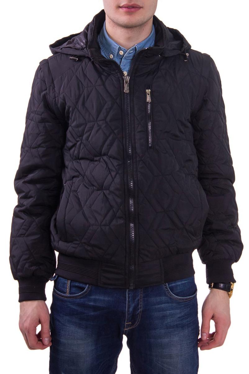 КурткаКуртки<br>Мужская демисезонная куртка.<br><br>Размер : 48<br>Материал: Болонья<br>Количество в наличии: 1