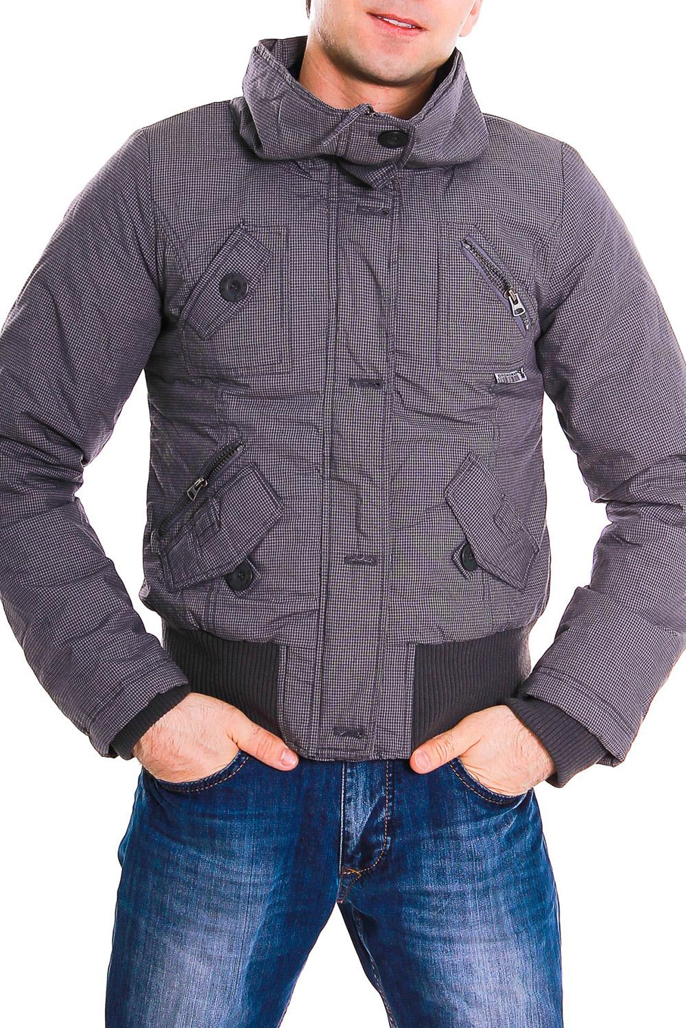 КурткаКуртки<br>Мужская утепленная куртка.<br><br>Размер : 44<br>Материал: Хлопок<br>Количество в наличии: 2