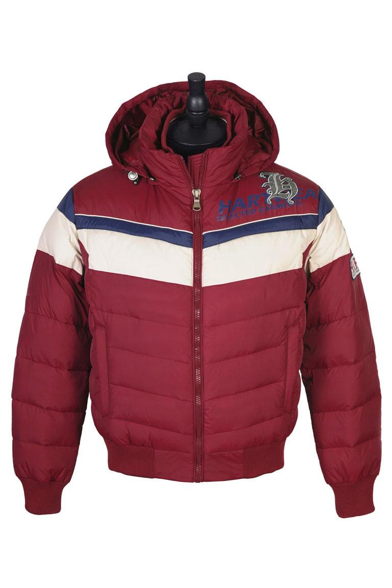 КурткаКуртки<br>Стильная куртка с капюшоном, утепленная утиным пухом. Куртка из матового нейлона выполнена в стиле, сочетающем элементы клубной и мотоциклетной курток. Плотная трикотажная резинка на воротнике, по низу рукавов, а также по поясу помогает сберечь тепло холодным зимним днем. Несмотря на утепление пухом куртка сохраняет стройный силуэт.  Ростовка изделия 176 см.  В изделии использованы цвета: красный, белый  Наполнитель: 70% пух 30% перо<br><br>По сезону: Зима<br>Размер : 48,50,52<br>Материал: Болонья<br>Количество в наличии: 3