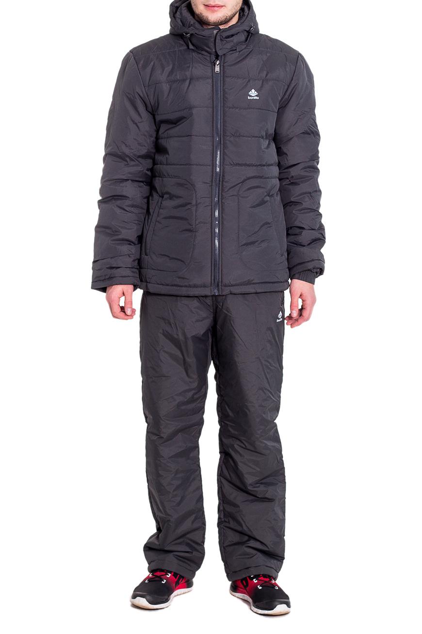 КостюмКуртки<br>Мужской костюм состоит из куртки и брюк. Модель выполнена из плотной болоньи.   Цвет: серый  Рост мужчины-фотомодели 182 см<br><br>По сезону: Осень,Весна<br>Размер : 46,50,52,56<br>Материал: Болонья<br>Количество в наличии: 4